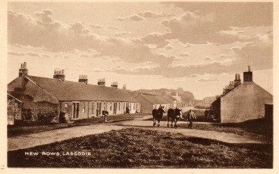 Old Picture Postcard of Lassodie, New Rows
