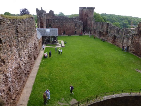 The courtyard from the Donjon