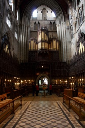 Photo of the interior of Ripon Cathedral