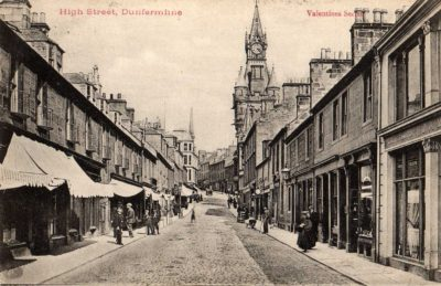 Postcard showing Dunfermline High Street